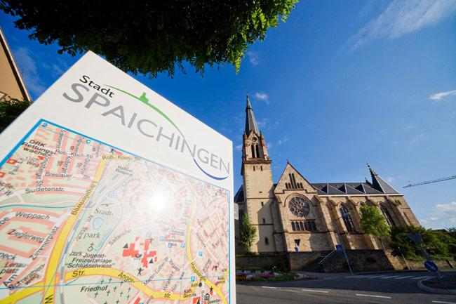 Stadtplan und Kirche