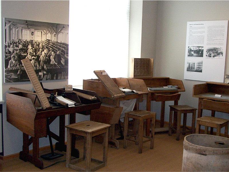 Historische Maschinen zur Tabakproduktion