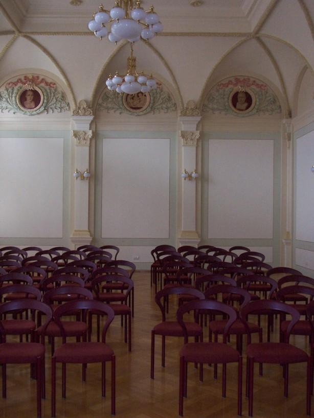 Gewerbemuseum - Festsaal mit Bestuhlung