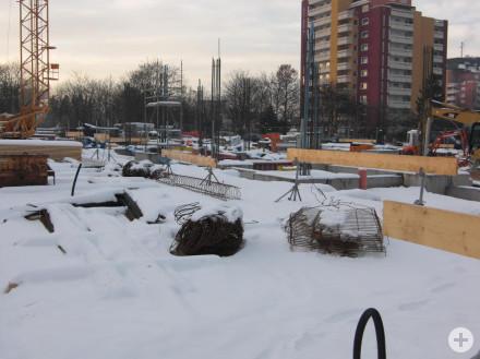 Wintereinbruch auf der Baustelle